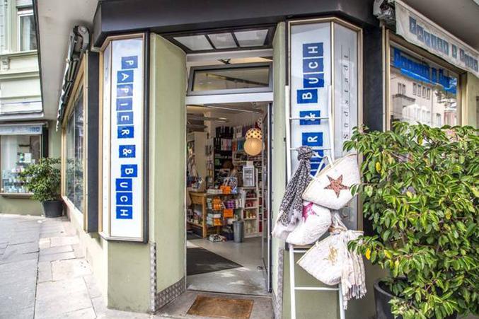 Papier und Buch in der Südstadt